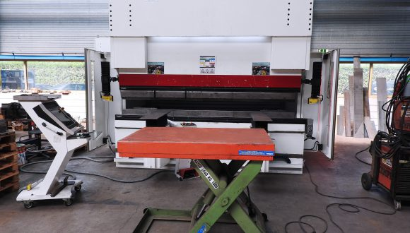 CNC buig machineservice